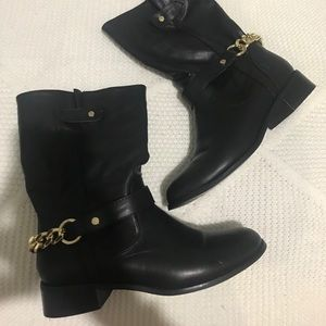 Express black chain boots
